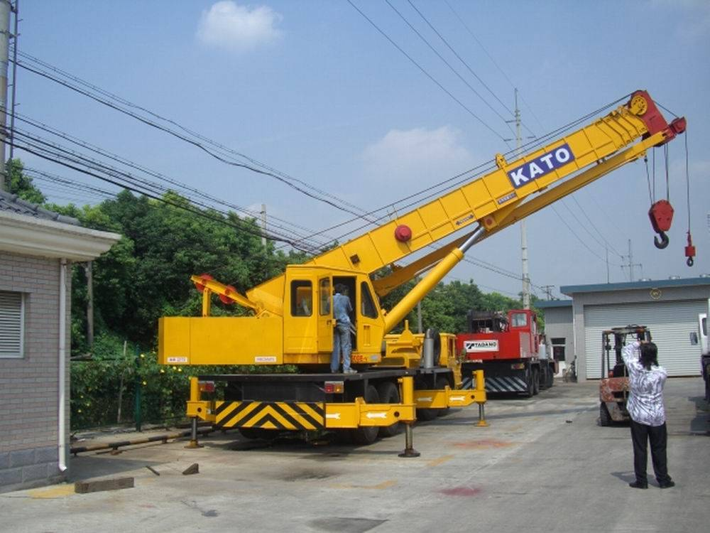 used NK500E KATO truck crane