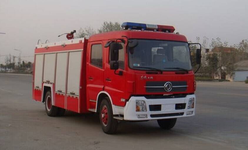 5000lts water fire fighting truck RHD/LHD 4×2 Dongfeng fire truck
