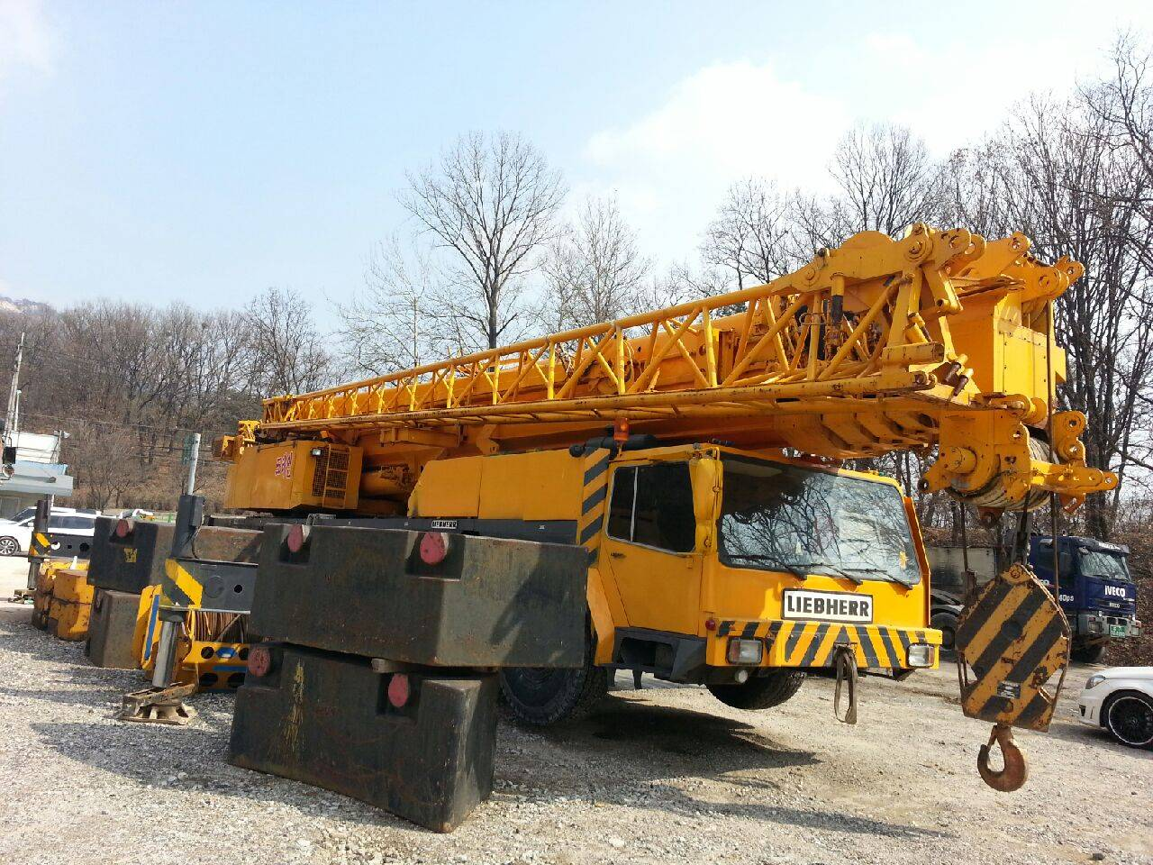 Liebherr 200 ton AT crane