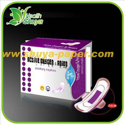 Breathable and side leakage prevention sanitary napkin