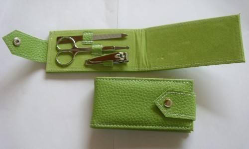 Sell manicure set H2002