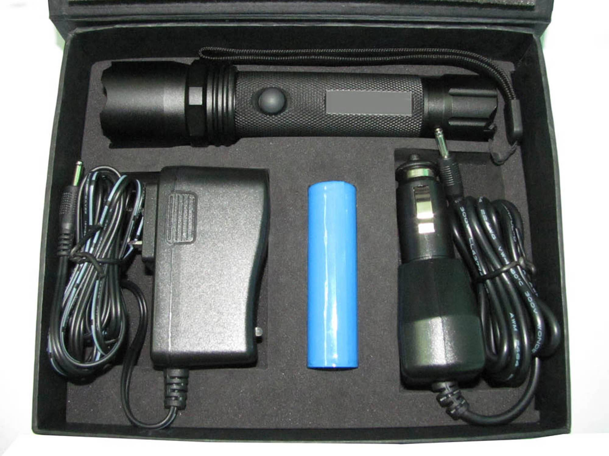 3W slide zoom rechargeable CREE LED flashlight stock