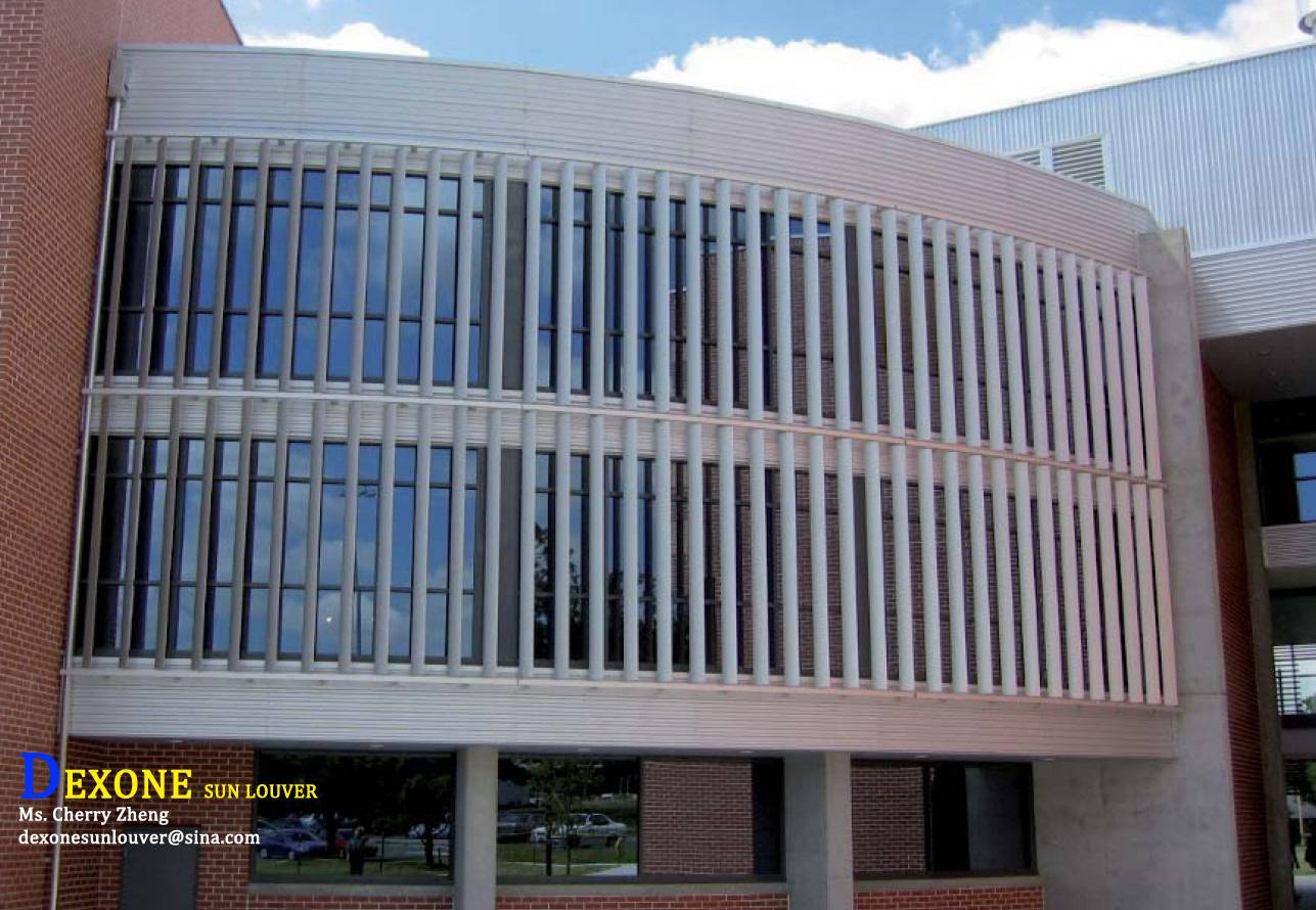 Aluminum louvers for architectural facade