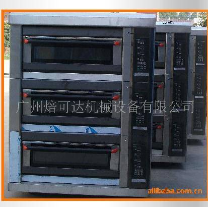 Deck oven with 3 layer 9 trays
