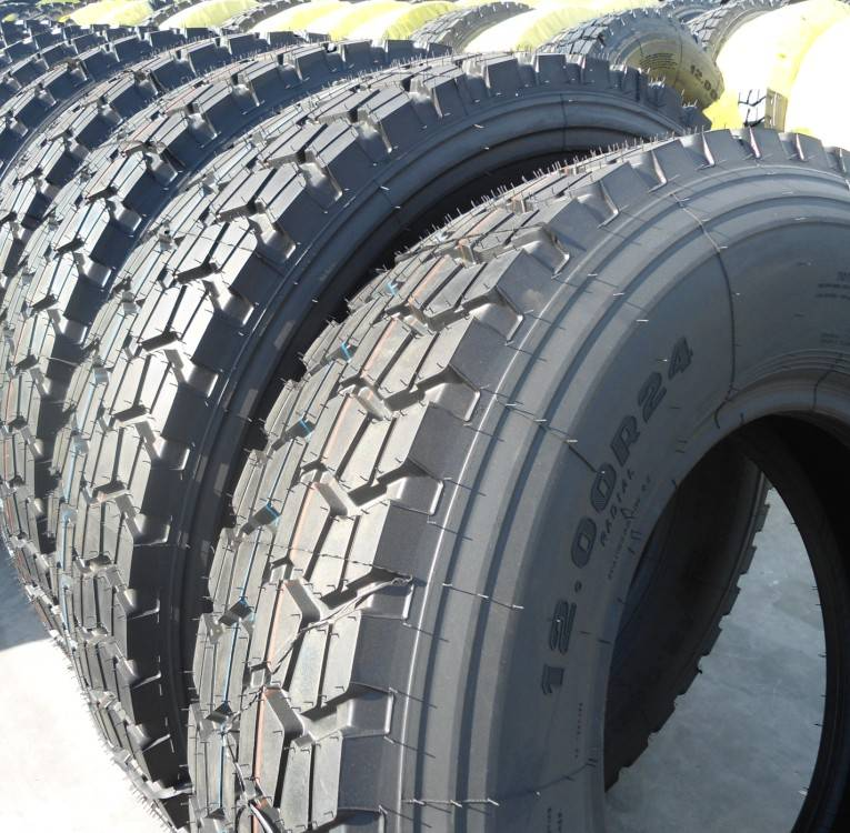Supply truck tires1200R24