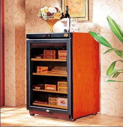 expert in cigar storage wooden cigar cabinet humidor