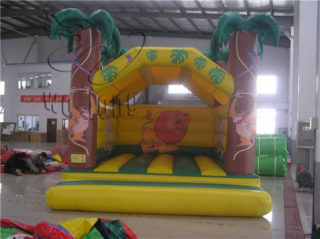 World of jungle for children play the cartoon coconut tree inflatable bouncer