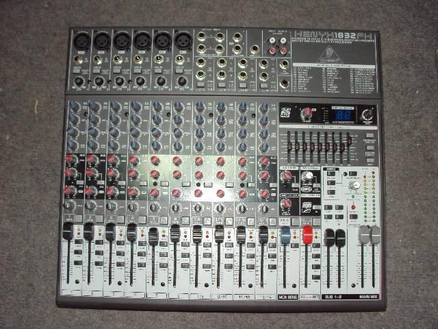X1204USB audio mixer