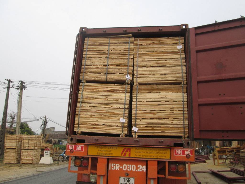 Pallet Sawn Timber from VIETNAM - Acacia Wood
