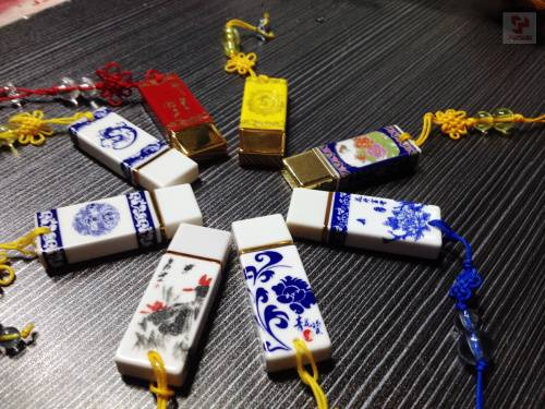 2013 HOT Selling usb ceramic flash drive