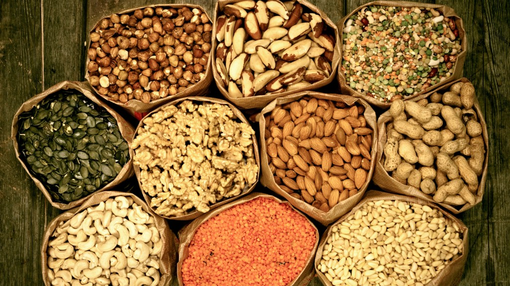 Pine nuts Pecan nuts Brazil nuts almonds nuts Apricot Kernels