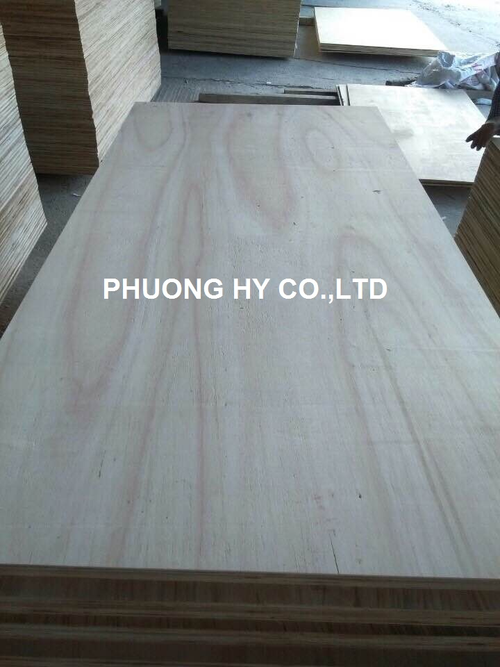 Sell Natural plywood from Vietnam factory