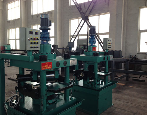 High Speed Steel Round Bar Centerless Peeling Lathe Machine China