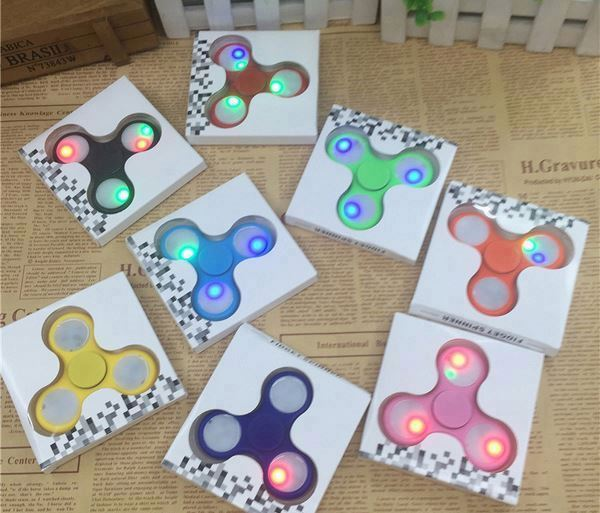 Hand Spinner, Dirt Resistant Fidget Spinner Toy, Fingertip Gyro Anti Stress Toys for Kids & Adults