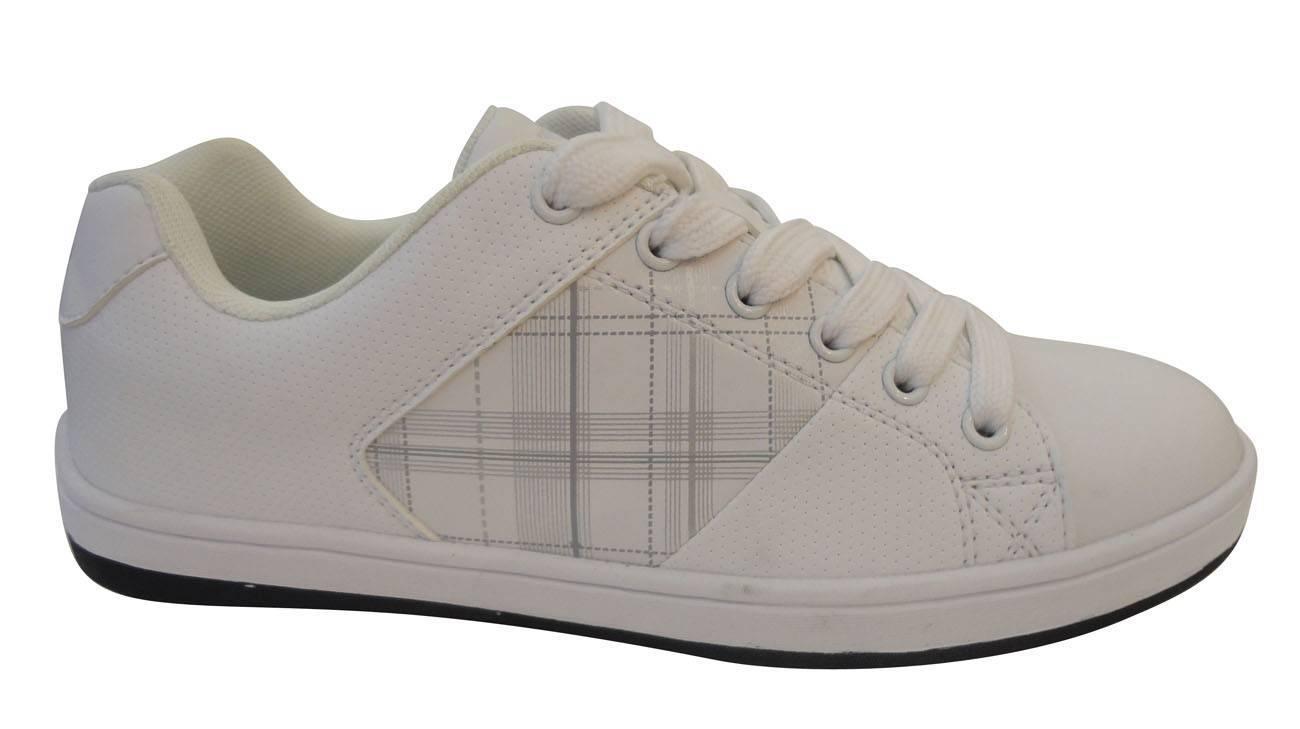 Professional skateboard shoes