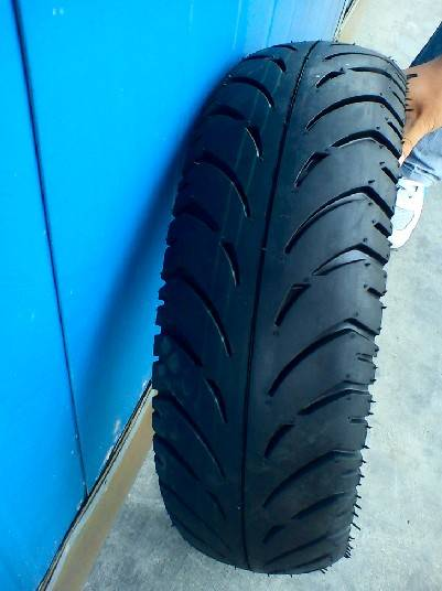 tubeless motorcycle tire 325-18,350-18,90/90-18 6PR