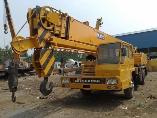 SELL Japan made KATO NK250E mobile truck crane used kato crane 25ton crane TEL:+8613818259435