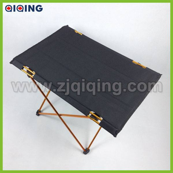 Plastic Banquet Table HQ-1051B