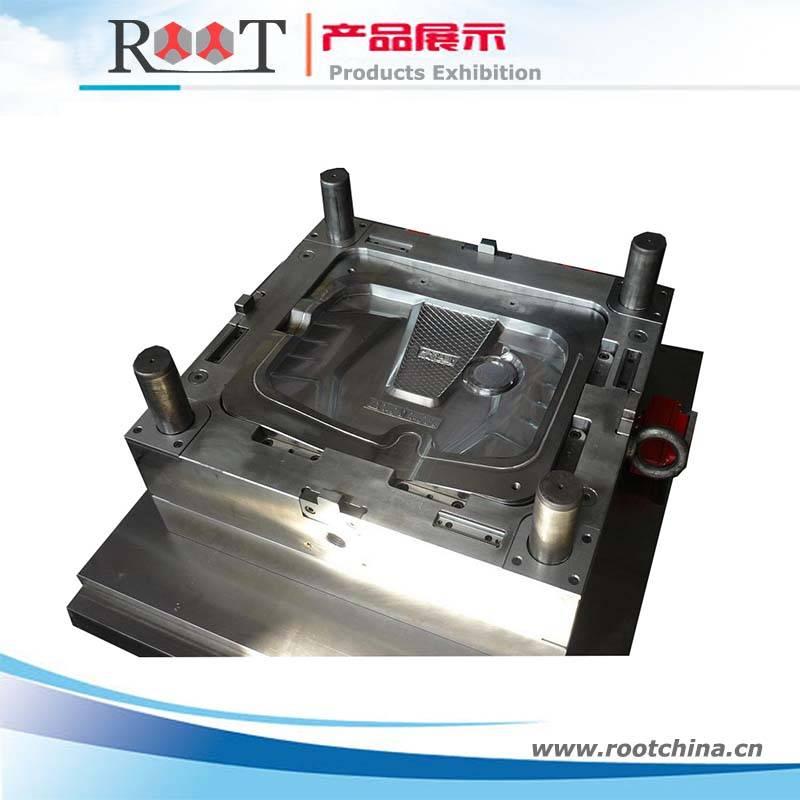 Auto Engine Cover Plastic Mould