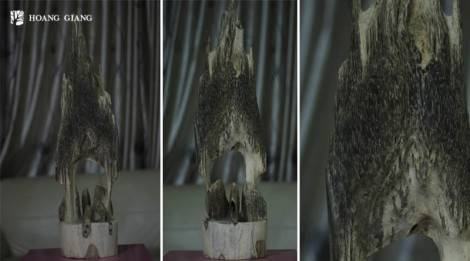 Strength Agarwood Carving