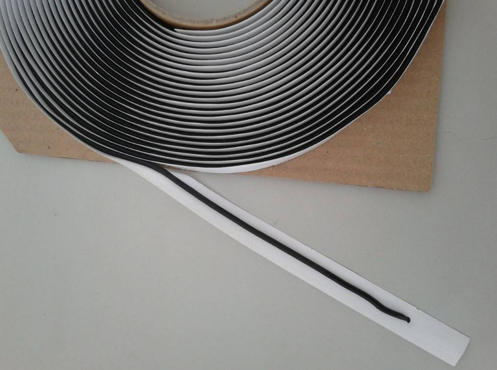 669 Butyl strips for speakers