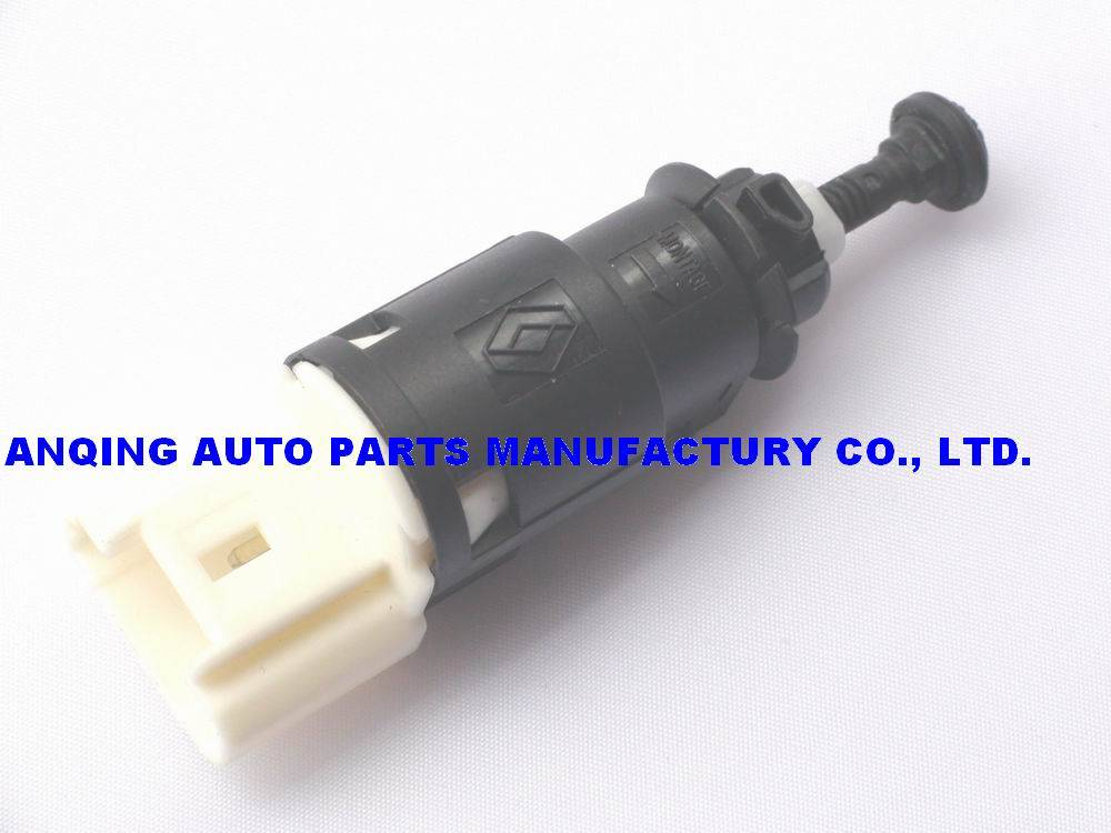 back up lamp switch for Renault Dacia 8200276361