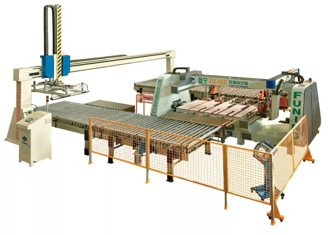 Double end cutting saw production line