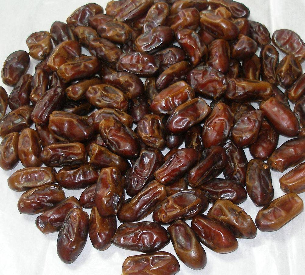 JUICY SWEET DATES