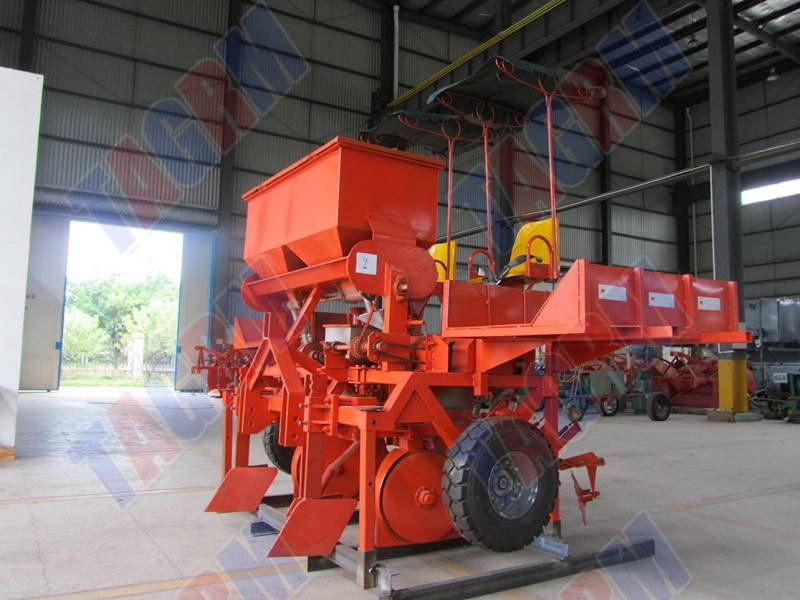 2014 updated cassava seed planter