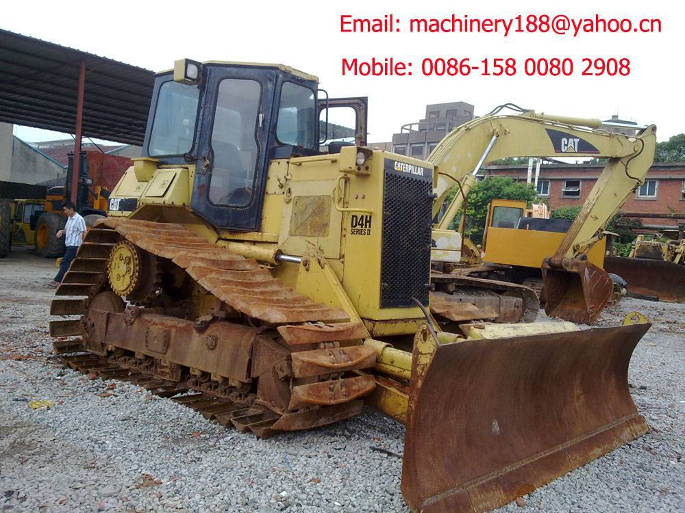 Used bulldozer CAT D4H dozer