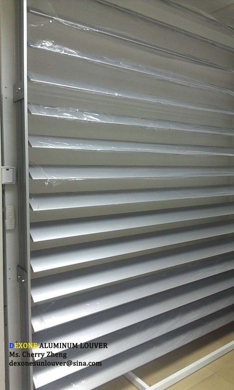 Motorized louver aluminum for architectural facade curtain wall