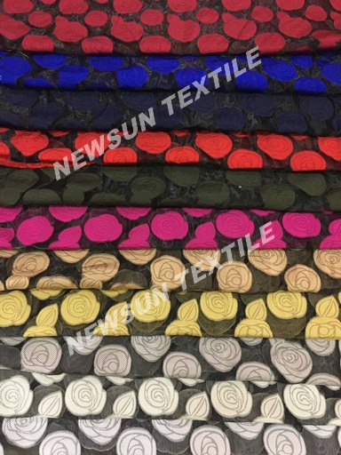 Supply New design high quality Organza Jacquard fabric for ladies skirt fashion dress and Garment