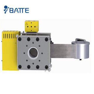 Automatic belt screen changer for plastic extruder