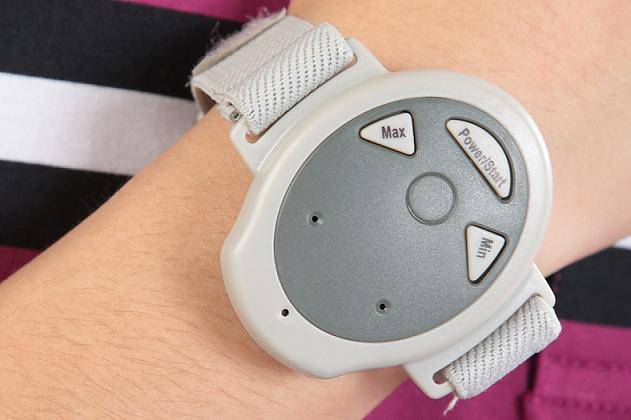 Snore stopper watch to help snore relief