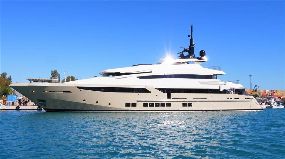 Mega Yacht, Helicopter capable, 2015, Ref YT8885