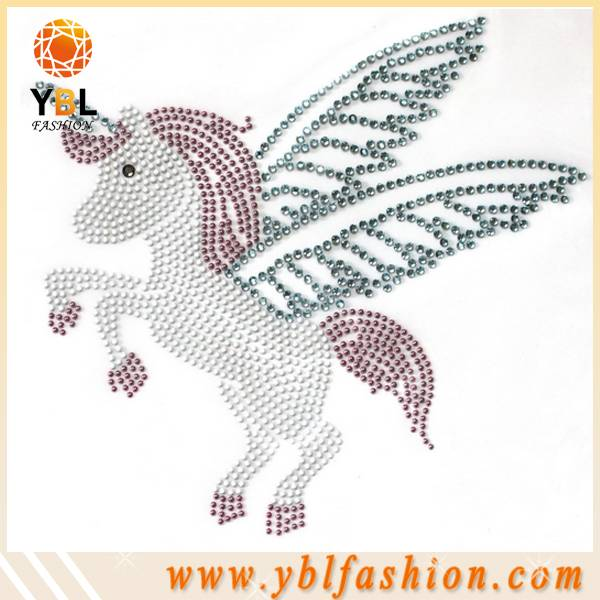Flying horse hotfix rhinestone transfer design for clothing