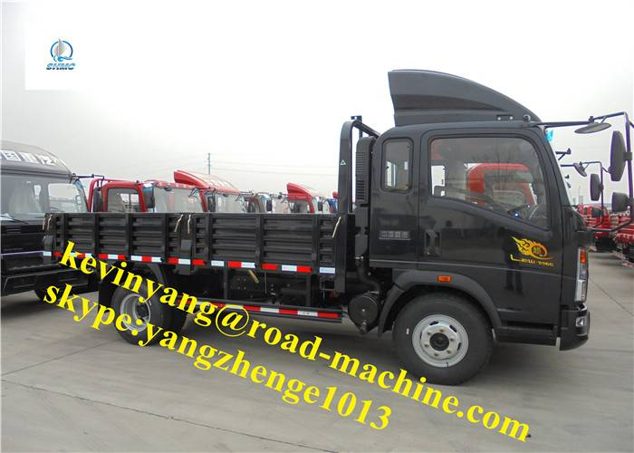 5000KG Loaded Capacity 115HP Sinotruck Flatbed Packing Box Light Commercial Truck 3360MM Wheel Ba