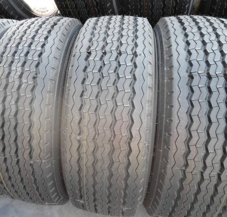 Supply Truck Tires12R22.5