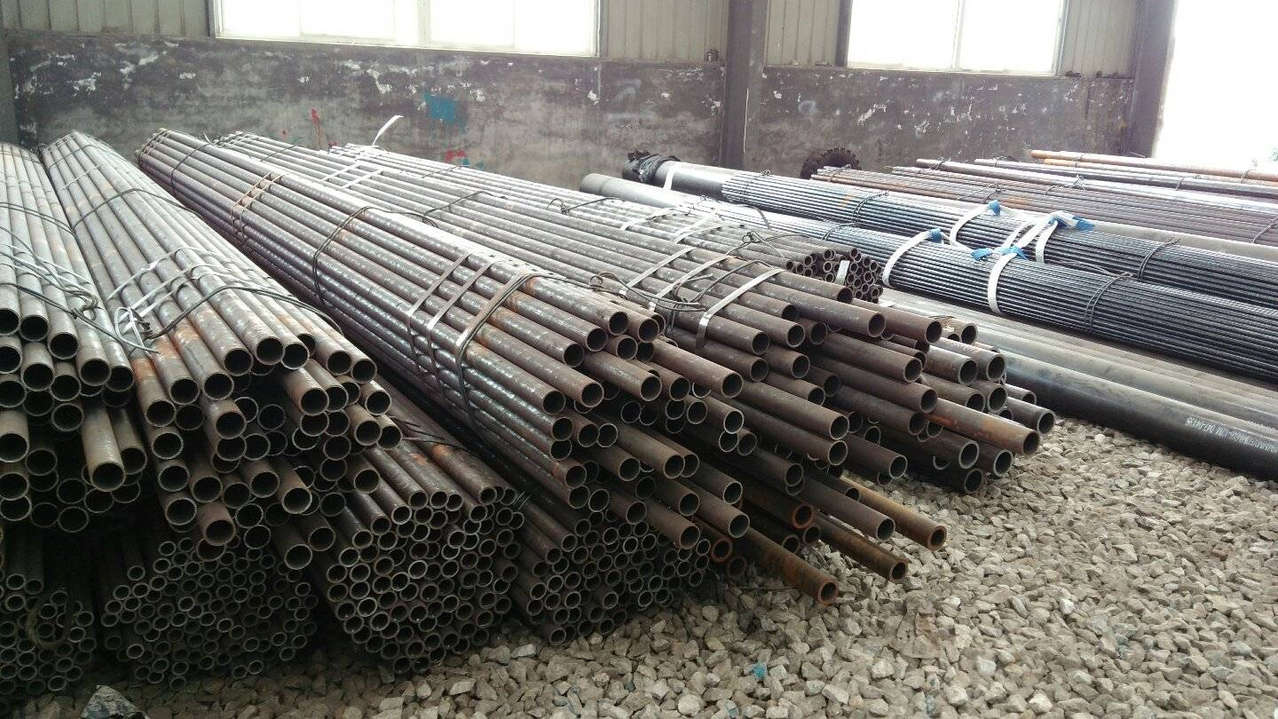 ASTM 1020 hot rolled carbon&alloy steel seamless steel pipe for Tube for machining