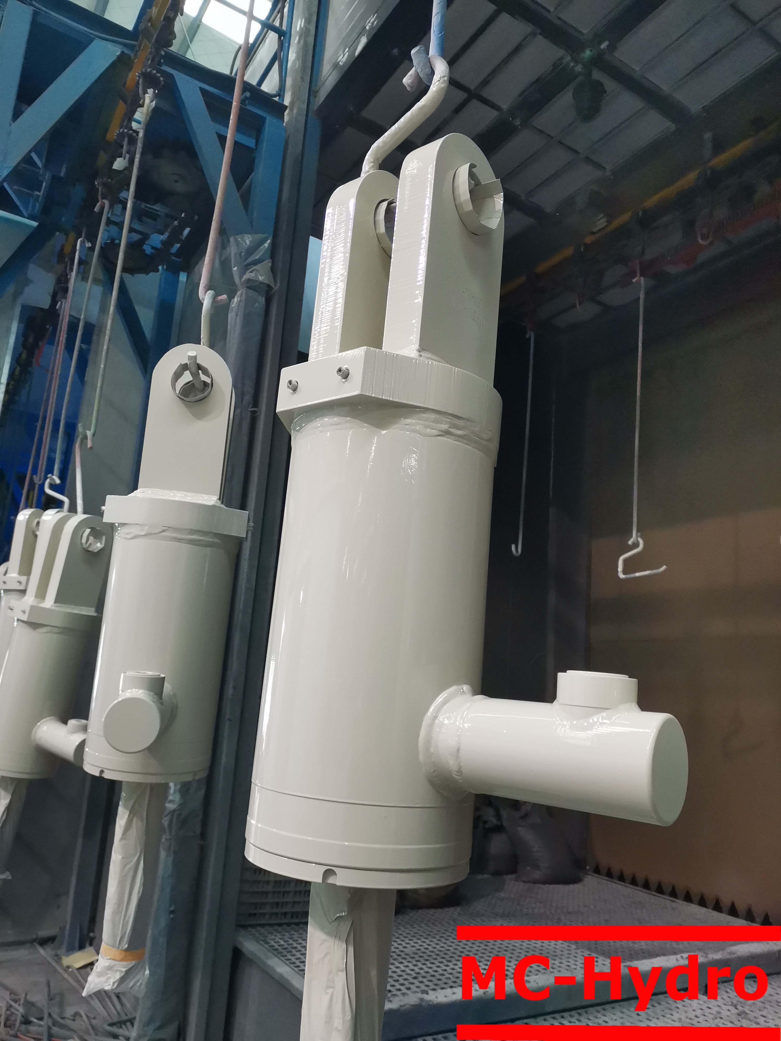 tramp release cylinder
