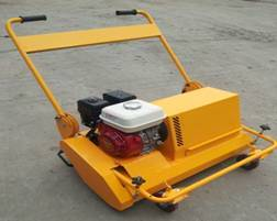 Small Synthetic /Artificial Turf maintenance machine