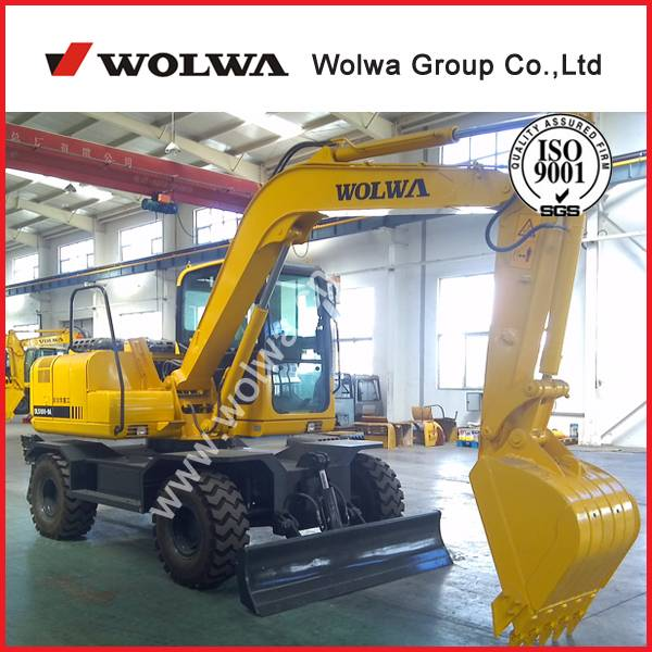 China 10 ton wheel excavator