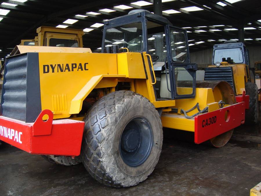 used dynapac road roller CA30D
