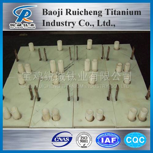 Large scale electrolytic cell