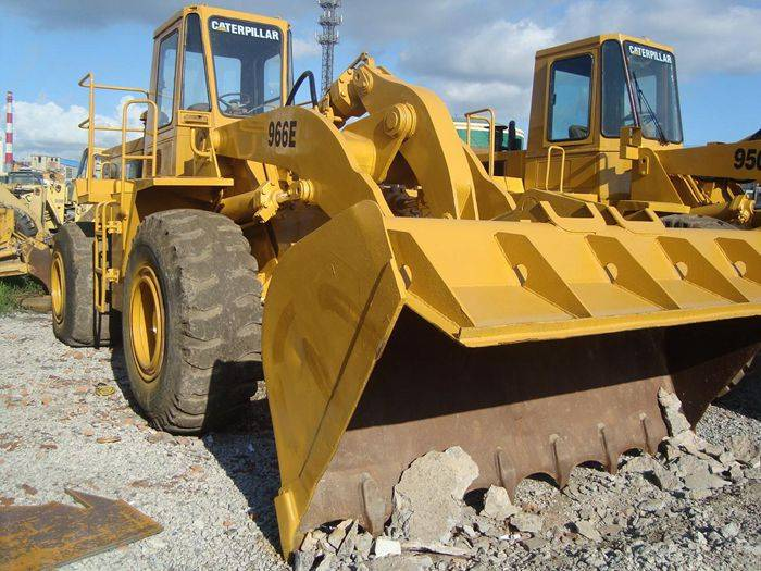 used cat loader 966E only 22000 USD