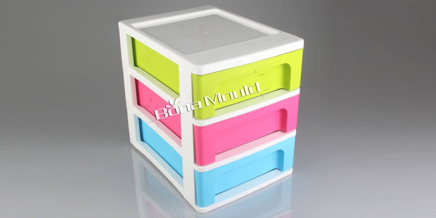 Plastic cabinet mould