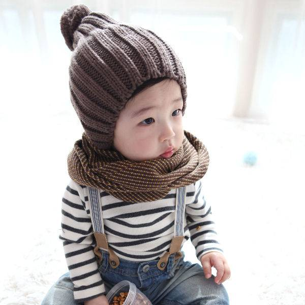 Selling: Baby Hats & Neck Warmers
