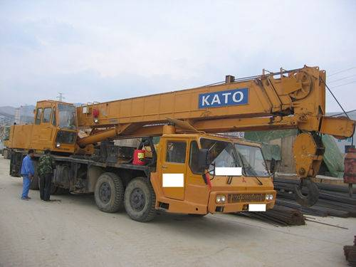 used NK500E-III KATO truck crane