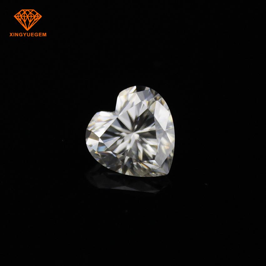 Heart shaped diamond white color moissanite gemstone VS VVS grade wholesale for moissanite jewelry