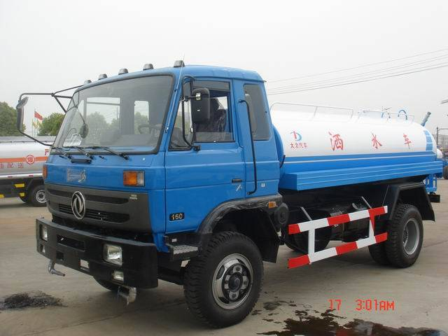 Watering truck,water truck,sprayer,sprinkler,watering cart,street sprinkler
